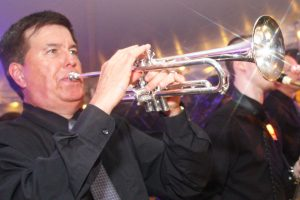 Retrospect Band leader Larry with horn section at a recent wedding on the Eastern Shore